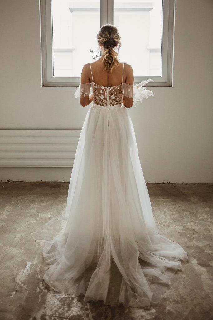 Hochzeitskleid Braut Rückenausschnitt