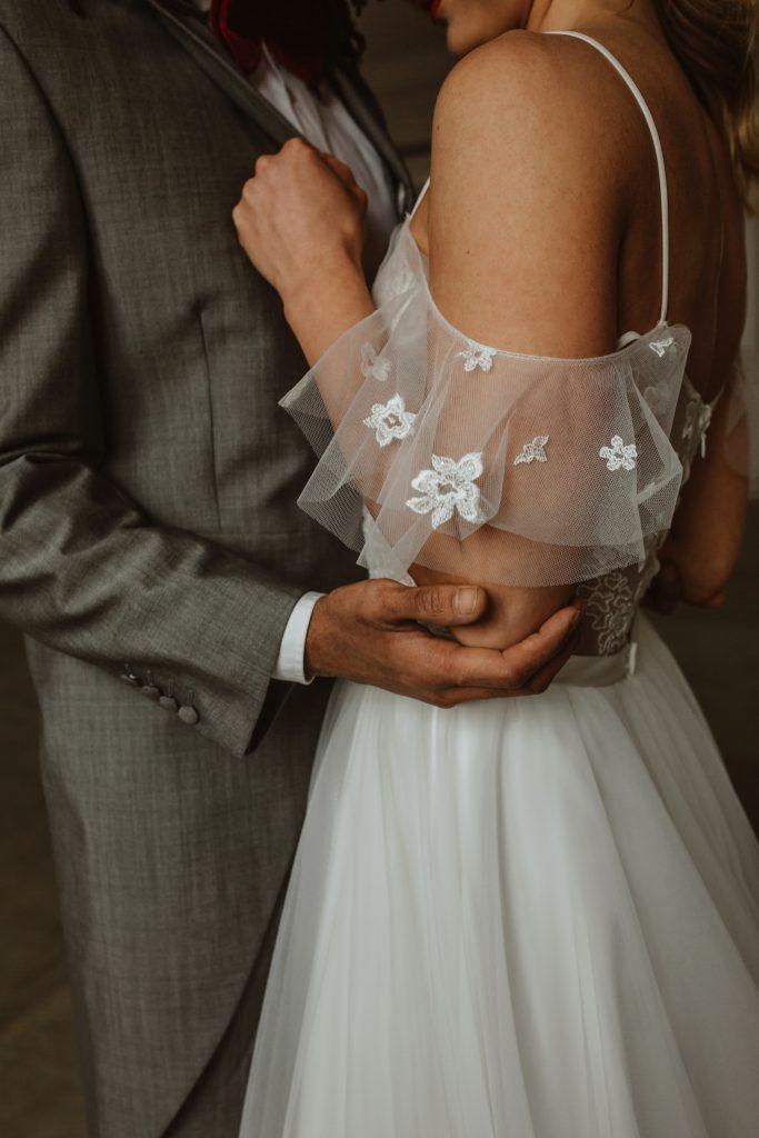 Detail Hochzeitskleid Anzug